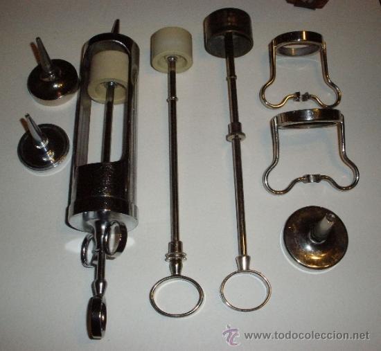 JERINGA METALICA PARA LAVADOS. PIEZAS. INSTRUMENTAL MEDICO, MEDICINA (Antigüedades - Técnicas - Herramientas Profesionales - Medicina)