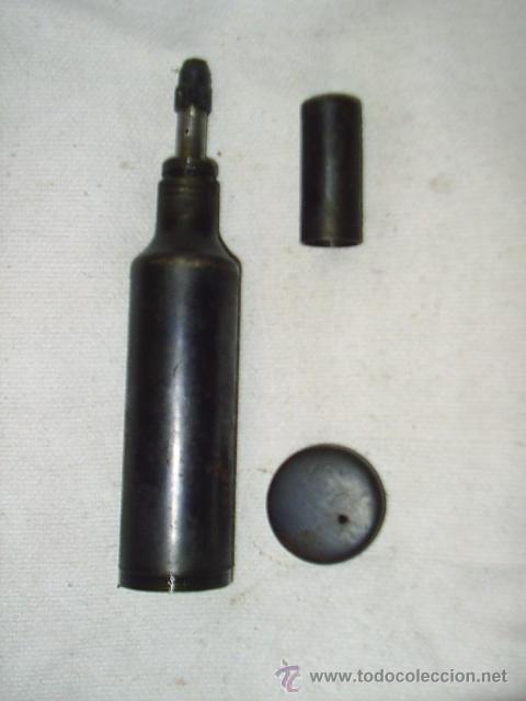 ENGRASADORA ANTIGUA DE HIERRO - EN - MIDE 18 CM DE LARGA X 3,5 CM DE DIAMETRO (Antigüedades - Técnicas - Herramientas Profesionales - Mecánica)