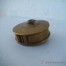 Antigüedades: METRO ANTIGUO DE METAL. Lote 35636541