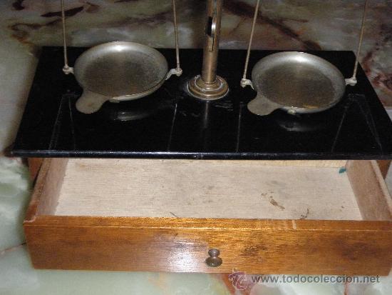 Antigüedades: BALANZA ANTIGUA SOPORTE EN MADERA 26 X 14 X 30 BÁSCULA ANTIGUA - Foto 5 - 35817501
