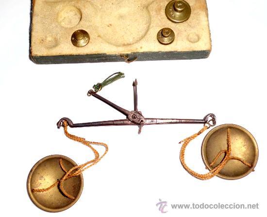 Antigüedades: azafranero, kilatero de forja con estuche funda verde, onza , duro - Foto 3 - 35883231