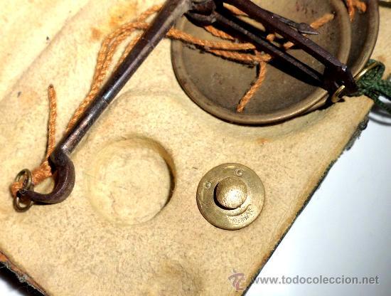 Antigüedades: azafranero, kilatero de forja con estuche funda verde, onza , duro - Foto 7 - 35883231