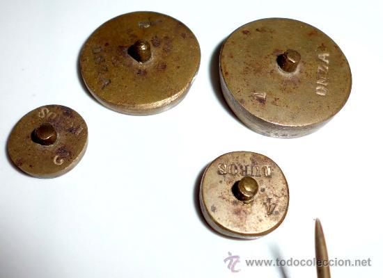 Antigüedades: azafranero, kilatero de forja con estuche funda negro, onza, duros - Foto 5 - 35883533