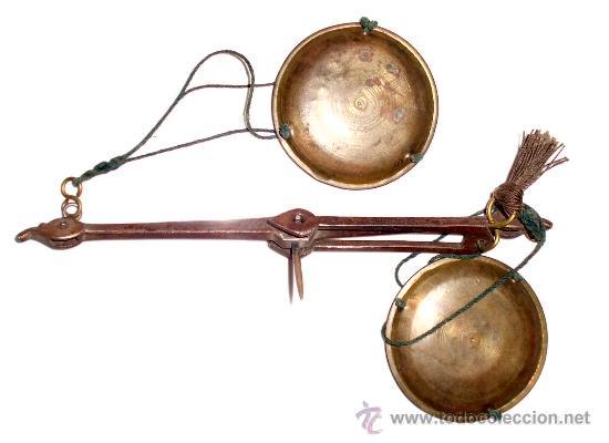 Antigüedades: azafranero, kilatero de forja con estuche funda negro, onza, duros - Foto 6 - 35883533