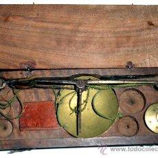 Antigüedades: AZAFRANERO, KILATERO DE FORJA CON CAJA DE MADERA. Lote 35883932