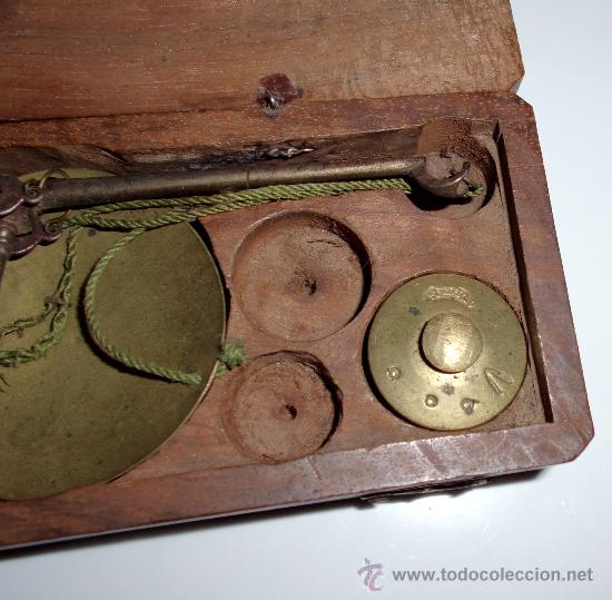 Antigüedades: azafranero, kilatero de forja con caja de madera - Foto 3 - 35883932
