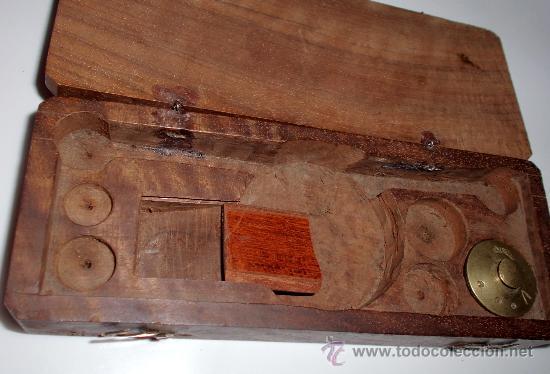 Antigüedades: azafranero, kilatero de forja con caja de madera - Foto 4 - 35883932