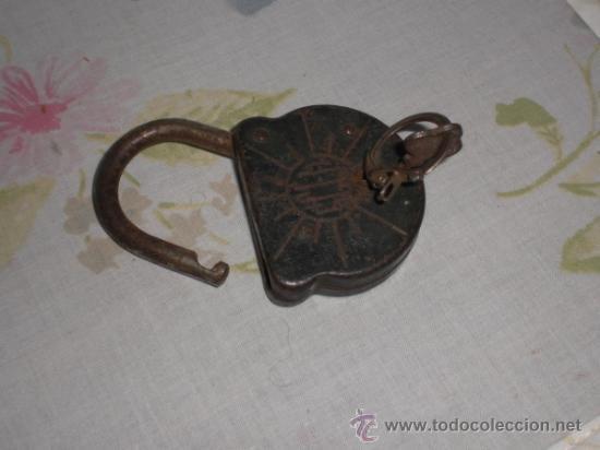 Antigüedades: ANTIGUO CANDADO CON LLAVE - Foto 3 - 35925883