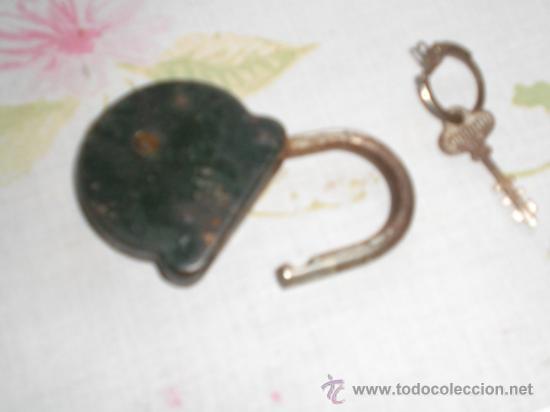 Antigüedades: ANTIGUO CANDADO CON LLAVE - Foto 2 - 35925883