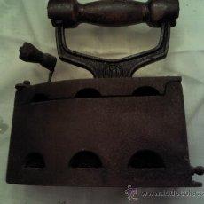 Antigüedades: ANTIGUA PLANCHA MARCA ALBA. Lote 36097394