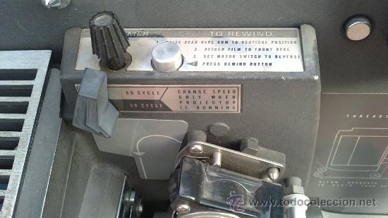 Antigüedades: PROYECTOR DE CINE PROFESIONAL BELL HOWELL FILMO SOUND 16MM MADE IN U.S.A. - Foto 7 - 36245127