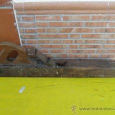 Antigüedades: CEPILLO DE CARPINTERO GRANDE. Lote 36190477