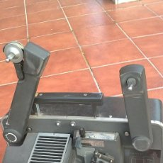 Antigüedades: PROYECTOR DE CINE PROFESIONAL BELL HOWELL FILMO SOUND 16MM MADE IN U.S.A.. Lote 36245127