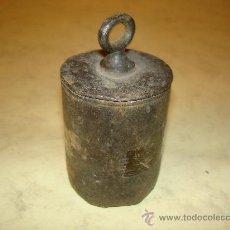 Antigüedades: PILON PARA ROMANA - 1900 GR.. Lote 36322322