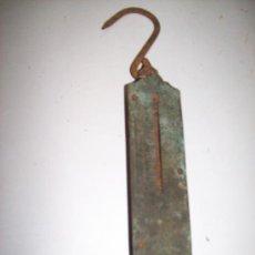 Antigüedades: BALANZA DE MUELLE. EXTENSIBLE.26 CMS. TOTAL. Lote 36339113