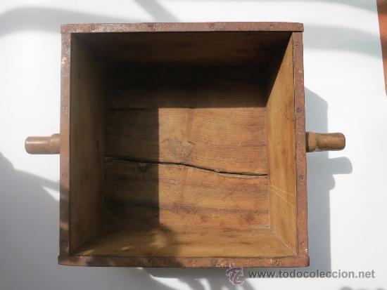 MEDIDA DE GRANO DE 10 LITROS PORTUGESA (Antigüedades - Técnicas - Medidas de Peso Antiguas - Otras)