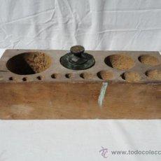 Antigüedades: CAJA PARA PESOS.. Lote 36682812