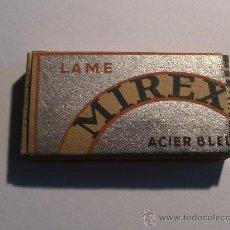 Antigüedades: CAJA CON 5 HOJAS DE AFEITAR MIREX (HOJAS EN SOBRES SIN MARCA). Lote 36870402