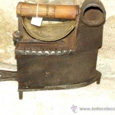 Antigüedades: PLANCHA HIERRO FUNDIDO. C 1900. INGLATERRA. TRESPIES HIERRO ART NOUVEAU.. Lote 36908263
