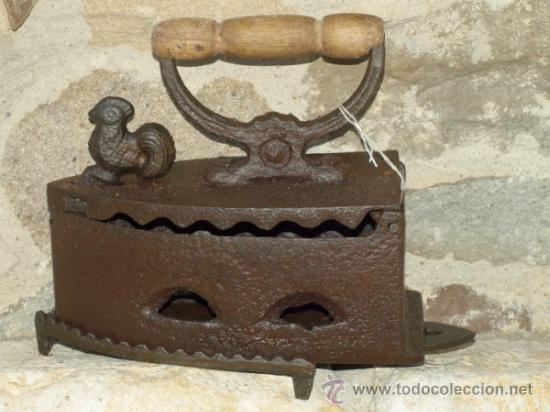 PLANCHA HIERRO FUNDIDO .S XIX. PORTUGAL. TRESPIES HIERRO. (Antigüedades - Técnicas - Planchas Antiguas - Carbón)