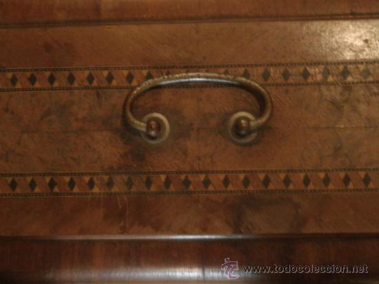 Antigüedades: CURIOSA Y RARA MÁQUINA DE COSER PORTÁTIL STELLA 705 - Foto 3 - 36935560