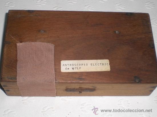 Antigüedades: Antroscopio eléctrico de Georg Wolf (Berlin). Instrumento muy raro. Caja original. Medicina. Cirugia - Foto 7 - 37131015