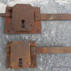 Antigüedades: DOS ANTIGUAS CERRADURAS . Lote 37133464
