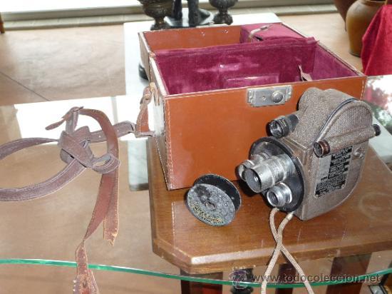ANTIGUA CAMARA GRABADORA FILMADORA, MARCA REVERE EIGHT, DESCONOZCO DEL TEMA. (Antigüedades - Técnicas - Aparatos de Cine Antiguo - Cámaras de Super 8 mm Antiguas)