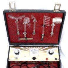 Antigüedades: ANTIGUO APARATO MEDICO MILLAS VIONIC ELECTROTERAPIA AÑOS 60 . CALLE PATRIARCA VALENCIA . Lote 37325714