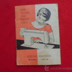 Antigüedades: MANUAL DE INSTRUCCIONES INGLES MAQUINA DE COSER SEWING MACHINE MODEL 1351A MA-18. Lote 37420014