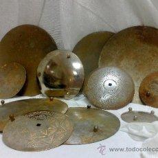 Antigüedades: LOTE DE ANTIGUOS PLATOS Y DISCOS EN ACERO, PARA LABOR DE DAMASQUINADO.. Lote 37473113