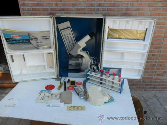 MICROSCOPIO DE LOS 70 (Antigüedades - Técnicas - Instrumentos Ópticos - Microscopios Antiguos)