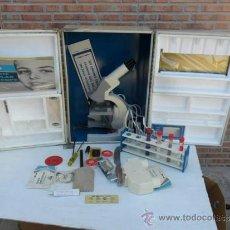 Antigüedades: MICROSCOPIO DE LOS 70. Lote 37494097