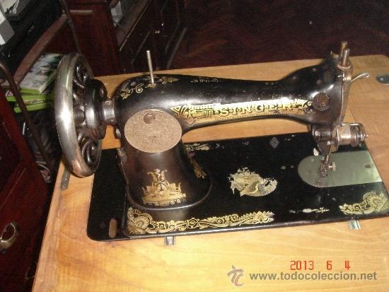 Antigüedades: Máquina de coser Singer. - Foto 2 - 37578163