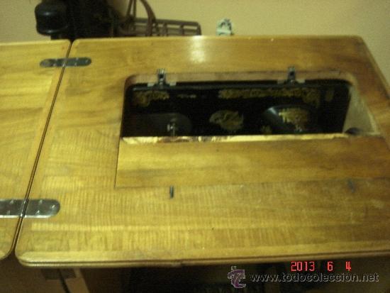 Antigüedades: Máquina de coser Singer. - Foto 4 - 37578163
