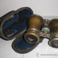 Antigüedades: BONITOS PRISMATICOS ANTIGUOS (CHEVALIER OPTICIEN - PARIS), CON FUNDA DE PIEL. Lote 37590496