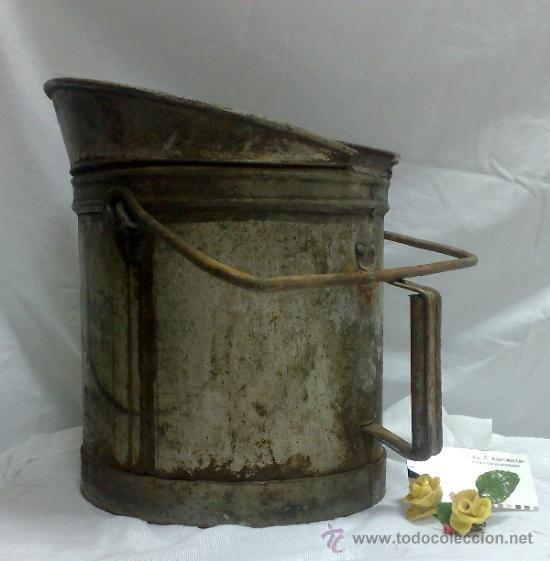 Antigüedades: 1ª 1/2 XX-S. LOTE DE RECIPIENTES PARA DISPENSAR CARBURANTE , PROCEDENTES DE ANTIGUA GASOLINERA. - Foto 19 - 37720549