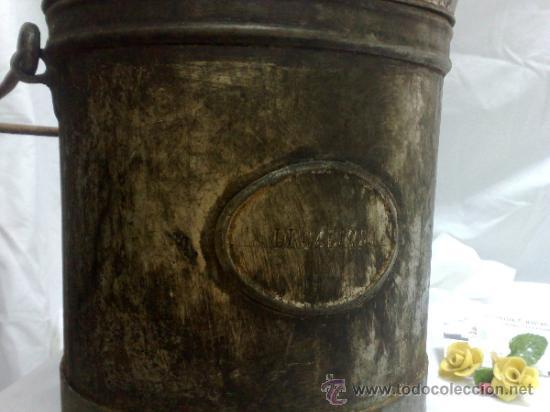Antigüedades: 1ª 1/2 XX-S. LOTE DE RECIPIENTES PARA DISPENSAR CARBURANTE , PROCEDENTES DE ANTIGUA GASOLINERA. - Foto 23 - 37720549