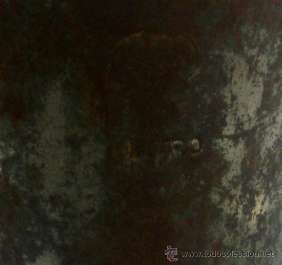 Antigüedades: 1ª 1/2 XX-S. LOTE DE RECIPIENTES PARA DISPENSAR CARBURANTE , PROCEDENTES DE ANTIGUA GASOLINERA. - Foto 36 - 37720549