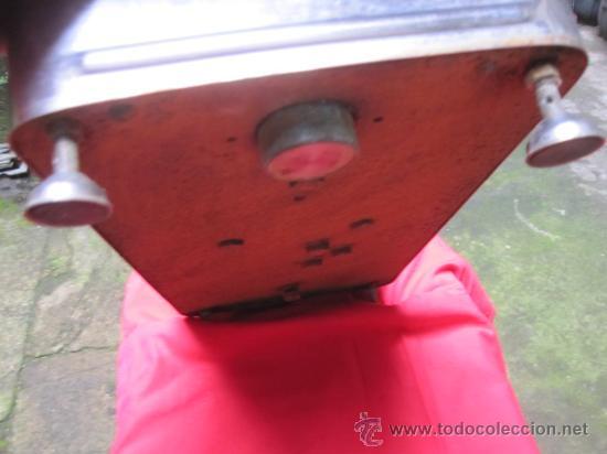 Antigüedades: BALANZA DE TIENDA MARCA MEDINES DE LISBOA - EN ACERO - FUERZA 20KG, FUNCIONANDO, LEER MAS - Foto 5 - 37787667