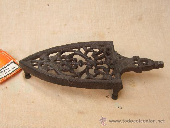 PLANCHERO EN HIERRO FUNDIDO (Antigüedades - Técnicas - Planchas Antiguas - Varios)
