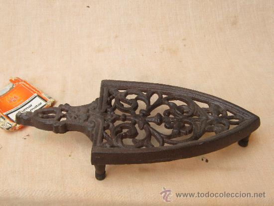 Antigüedades: PLANCHERO EN HIERRO FUNDIDO - Foto 2 - 37861319
