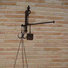 Antigüedades: ROMANA ANTIGUA EN HIERRO FORJADO, CON PLATO.. Lote 38063610