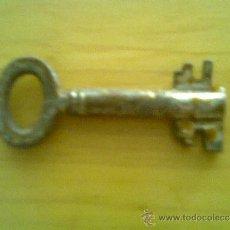 Antigüedades: LLAVE ANTIGUA. Lote 38122534