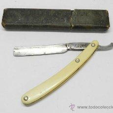 Antigüedades: ANTIGUA NAVAJA DE AFEITAR ARIAS HERMANOS, VACIADORES DE SEGOVIA, FABRICADA POR SOLINGEN N. 14, CON S. Lote 38230270