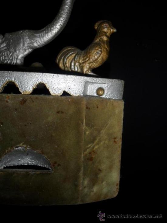 Antigüedades: plancha de carbon antigua - Foto 2 - 38292849