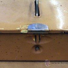 Antigüedades - Vieja caja de herramientas con herramientas - 38308894