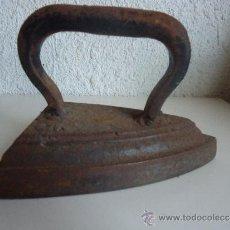 Antigüedades: ANTIGUA PLANCHA DE HIERRO O CARBON Nº 5. Lote 38346588
