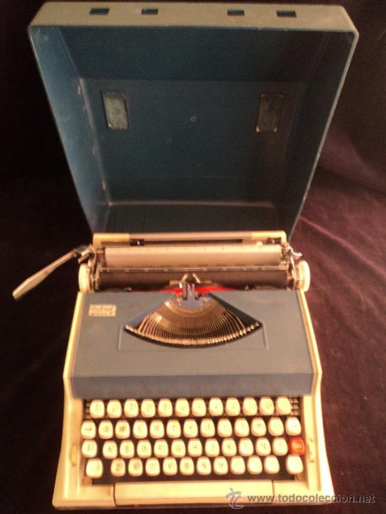 MAQUIINA PORTATIL MITORAL. PORTUGUAL. 35X30 (Antigüedades - Técnicas - Máquinas de Escribir Antiguas - Otras)