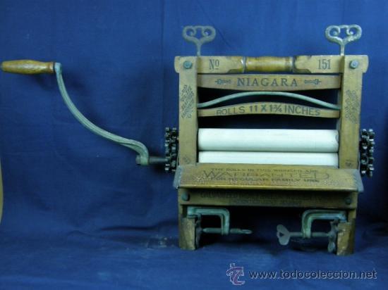 ESCURRIDORA MANUAL DE ROPA NIAGARA MADERA HAYA Nº151 THE ROLLS IN THIS WRINGER ARE WARRANTED... (Antigüedades - Técnicas - Varios)